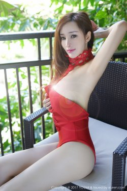土肥圆矮挫穷《吊带蕾丝裙+红色情趣装》 [尤蜜荟YouMi] VOL.055
