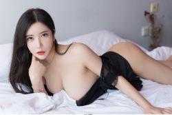 性感模特心妍小公主 人间胸器的霸屏诱惑图片