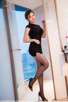 宅男女神卓娅祺 含蓄旗袍黑丝魅力图片