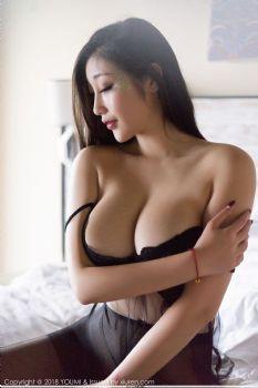 魅惑女王妲己_Toxic 黑丝内衣泳池湿身图片